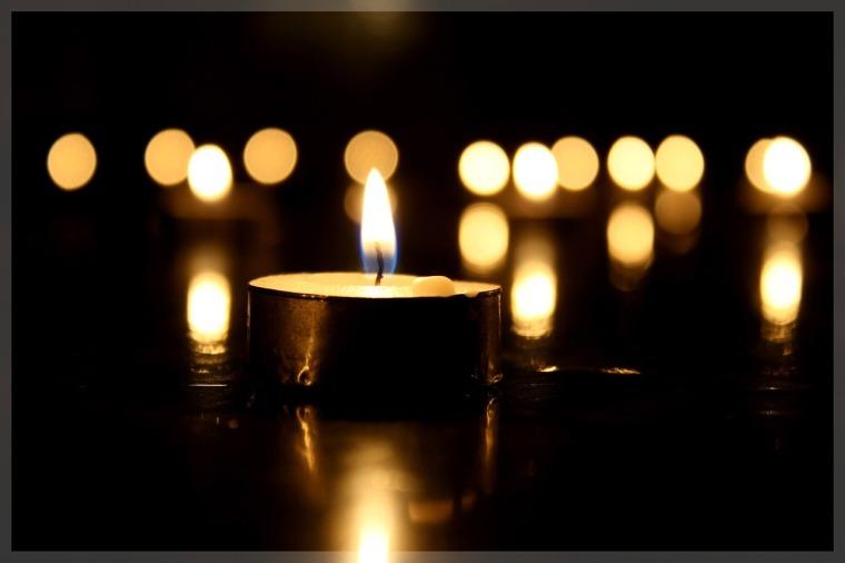 candle-794312_1280